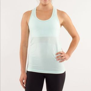⚡️2 for $40 - EUC Lululemon Run Swiftly Tech Tank